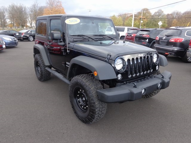 Pre Owned 2016 Jeep Wrangler Sport